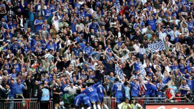 """Maksimalni broj navijača dozvoljen u ,,najmanjoj ligi na svetu"""". Bez navijača u Mančesteru, Birmingemu, Lidsu…"""
