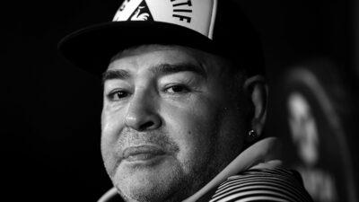 Odlazak najboljeg svih vremena. Preminuo Dijego Maradona