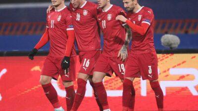 Srbija petardom ispratila Ruse i izborila opstanak. Mađarska osvojila grupu