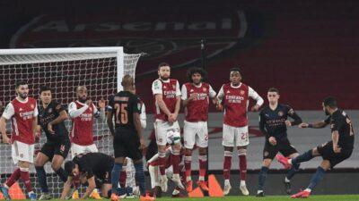 Karabao kup: Građani lako sa Arsenalom. Brentford ispisao istoriju