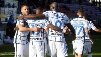 Inter i Napoli do pobede nakon preokreta. Roma ubedljiva u Bolonji