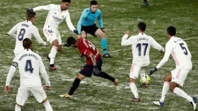 Barselona rutinski protiv Granade. Realu bod u Pamploni