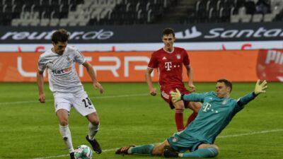 Borusija Menhengladbah pobedila Bajern posle preokreta