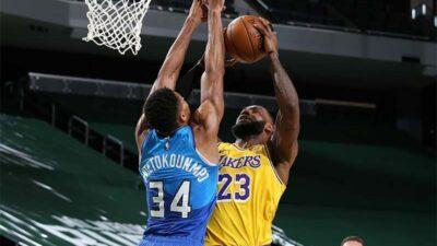 U derbiju NBA lige Lebron bolji od Janisa