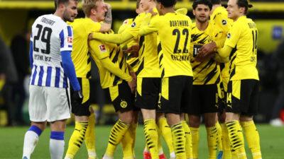 16-godišnji Mukoko stavio Halanda u drugi plan u pobedi Dortmunda (VIDEO)