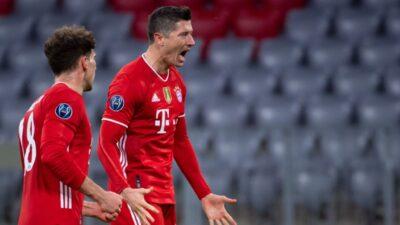 Bundesliga: Het-trik Levandovskog za poluvreme. Dva gola Halanda nedovoljna i sjajni Kostić u petardi Ajntrahta (VIDEO)