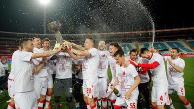 Dan posle osvajanja titule: Kako je proteklo slavlje fudbalera Zvezde? (FOTO)