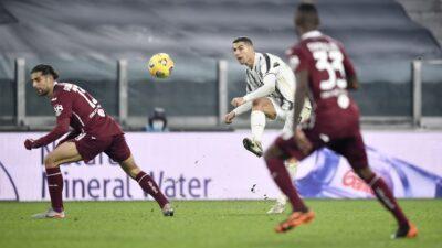 """Podela bodova u derbiju Torina. Ronaldo spasio """"staru damu"""" poraza (VIDEO)"""