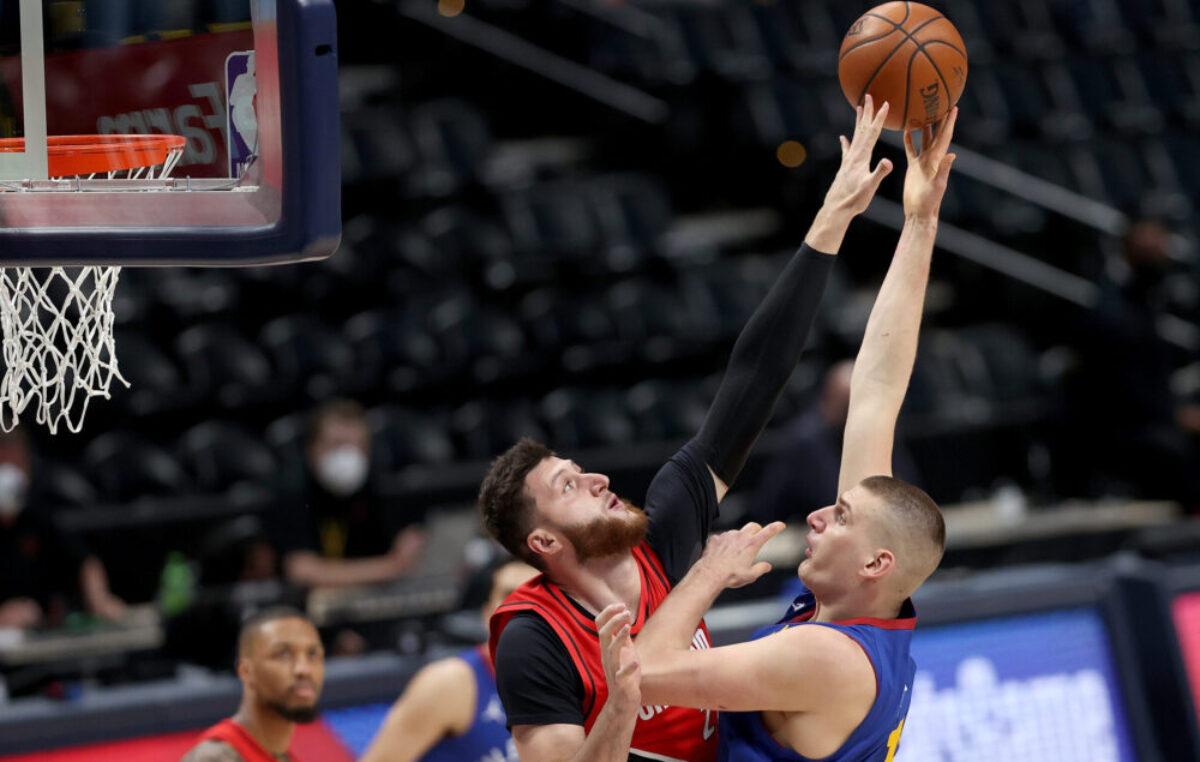 NBA PLEJ-OF: Jokić nije mogao sam. Milvoki do pobede u poslednjoj sekundi. Dončićev tripl-dabl za pobedu Dalasa (VIDEO)