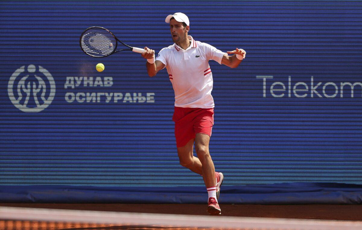 Novak rutinski do 1/4 finala!