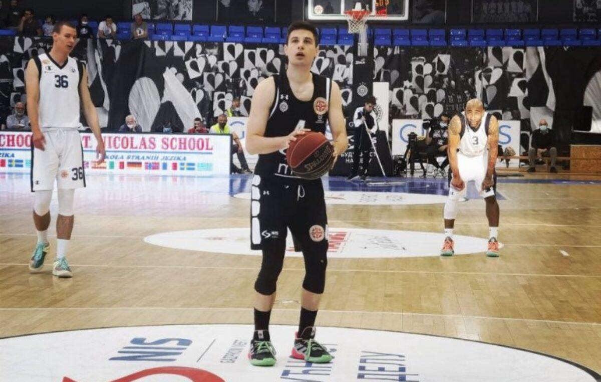 Partizan u polufinalu!