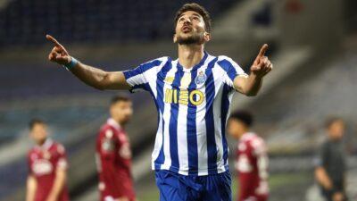 Grujić postigao prvenac za Porto i ostavio ga u trci za titulu (VIDEO)