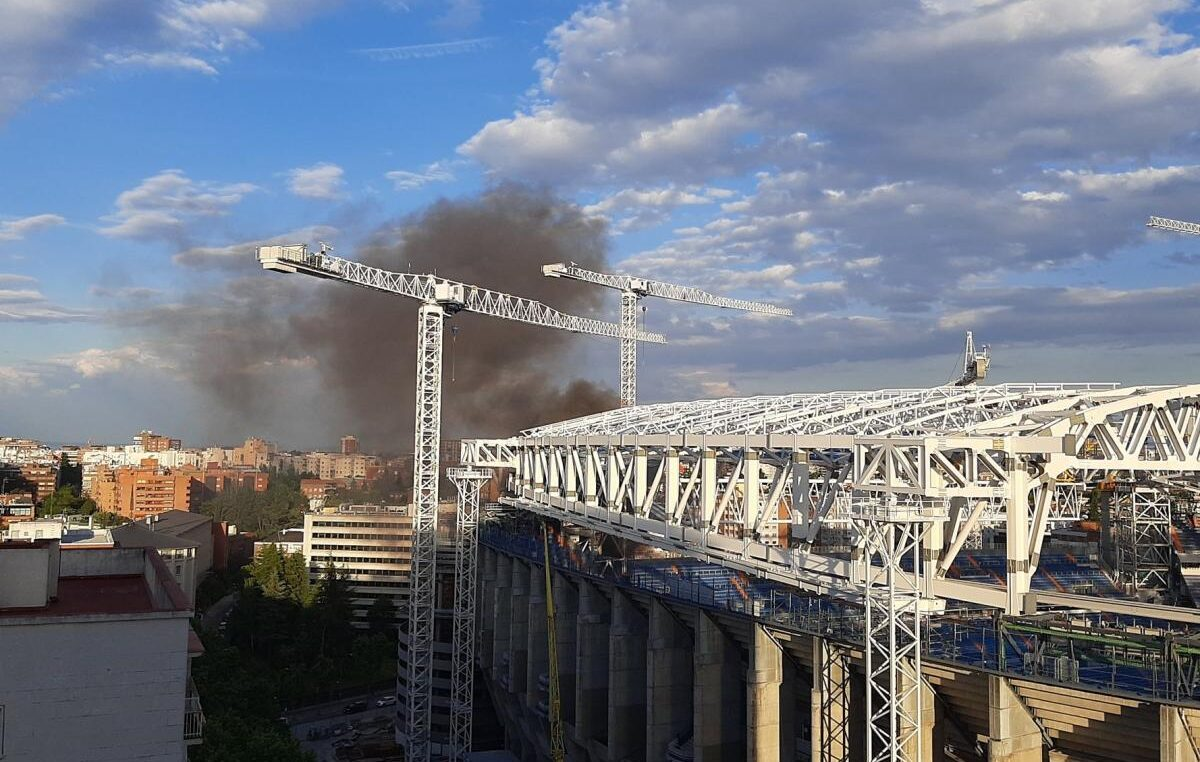 "STRAŠNO: Stadion Real Madrida ""Santijago Bernabeu"" u plamenu! (VIDEO)"