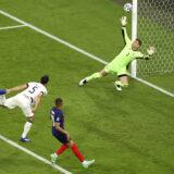 Francuskoj pripao derbi prvog kola Evropskog prvenstva! (VIDEO)