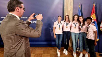 ALEKSANDAR VUČIĆ: Celu Srbiju ste obradovali, ponosni smo na vas!