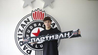 PAO POTPIS: Nemanja Jović u Partizanu do 2025. godine!
