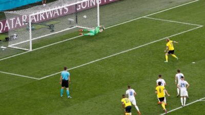 Forsberg sa bele tačke srušio Slovačku!(VIDEO)