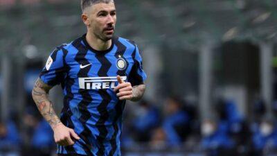 Inter ipak ponudio novi ugovor Kolarovu!