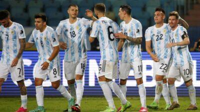 Argentina slavila rutinski, Kolumbija posle penala izbacila Urugvaj! (VIDEO)