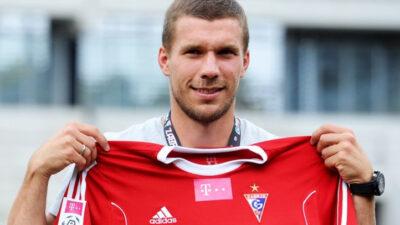 Da li se Podolski vraća kući?