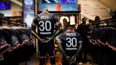 NEVEROVATNO: Samo od prodaje Mesijevog dresa, Džordan ima zaradu 6.000.000 evra!