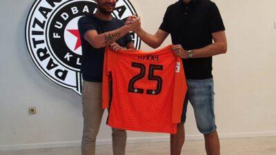 ZVANIČNO: Iskusni golman potpisao za Partizan!