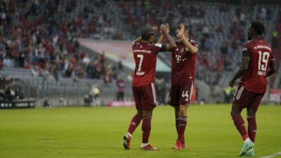 Bundesliga: Pet golova u drugom poluvremenu i pobeda Bajerna! (VIDEO)