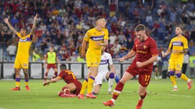Serija A: Napoli rutinski, Murinjova Roma startovala pobedom! (VIDEO)