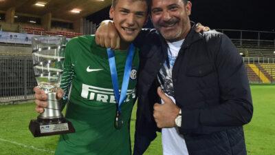 OČAJAN DEBI: Sin Dejana Stankovića isključen na početku meča. Evo šta je uradio! (VIDEO)