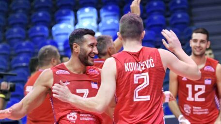 Odbojkaši Srbije rutinski do polufinala Evropskog prvenstva!