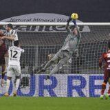Juventus se provukao protiv Rome do nova tri boda! (VIDEO)