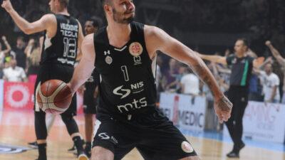 BOMBA U PODGORICI: Bivši košarkaš Partizana potpisao!